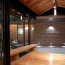 雷山の別荘 絶景を楽しめる和モダンの別荘の写真 エントランスホール