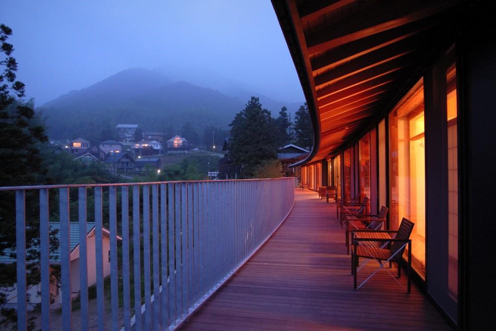 雷山の別荘 絶景を楽しめる和モダンの別荘 (パノラミックなデッキスペース)