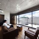 一級建築士事務所アトリエmの住宅事例「高台の家 –コンクリート打ち放し –」