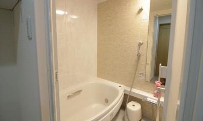 広いシューズインクローゼット (浴室)