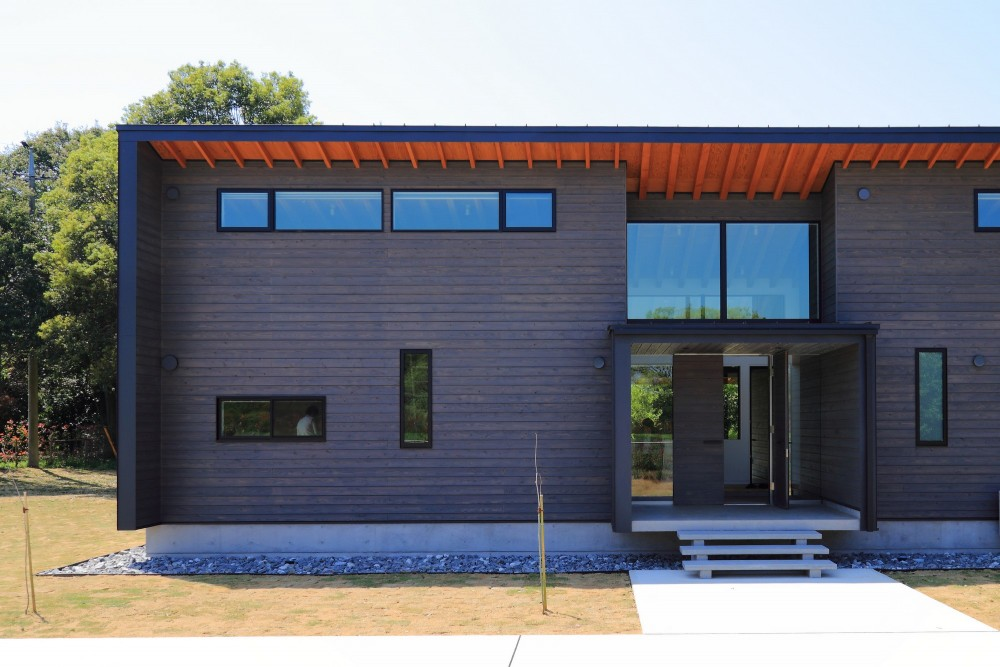 佐倉の週末住宅 子育て世代の自然の中の週末住宅 (建物外観(東から))