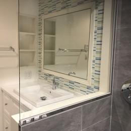 ホテルのような浴室 (洗面)