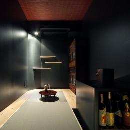 ご主人唯一のリクエスト「酒部屋」 (Shabby House  – パリのアパルトマンと酒部屋のある家 –)