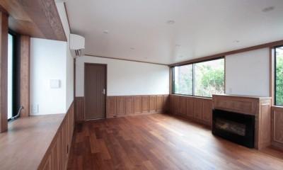2階、子世帯のリビング|善福寺の家(広い庭とビルトインガレージのある2世帯住宅)