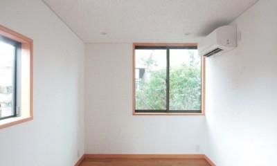 善福寺の家(広い庭とビルトインガレージのある2世帯住宅) (子供室(楽器練習の為の防音室))
