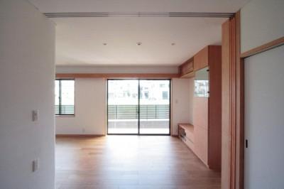 リビング(1階、親世帯) (大泉の家(大きなロフトとルーフテラスのある2世帯住宅))