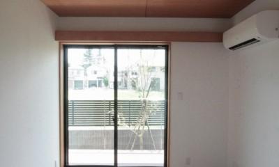 大泉の家(大きなロフトとルーフテラスのある2世帯住宅) (親御さんの部屋(1階))