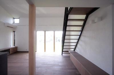 リビング、ダイニング(2階、子世帯) (大泉の家(大きなロフトとルーフテラスのある2世帯住宅))