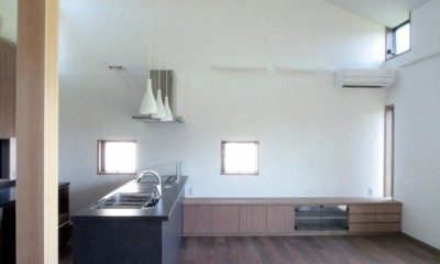 リビング、ダイニング、キッチン(2階、子世帯)|大泉の家(大きなロフトとルーフテラスのある2世帯住宅)