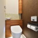 F邸_庭の緑と空間を楽しむ住まいをつくるの写真 トイレ