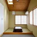 F邸_庭の緑と空間を楽しむ住まいをつくるの写真 和室