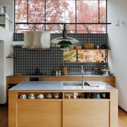 桜町の住宅 (キッチンと北窓)