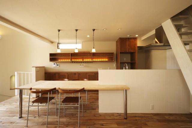 UGU ARCHITECTS「それぞれの想いの家(都市型分離2世帯住宅)」