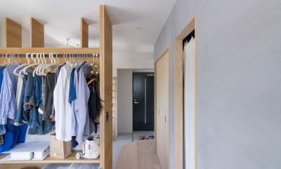 西荻の家-眺望と回遊性のある住まい (寝室)
