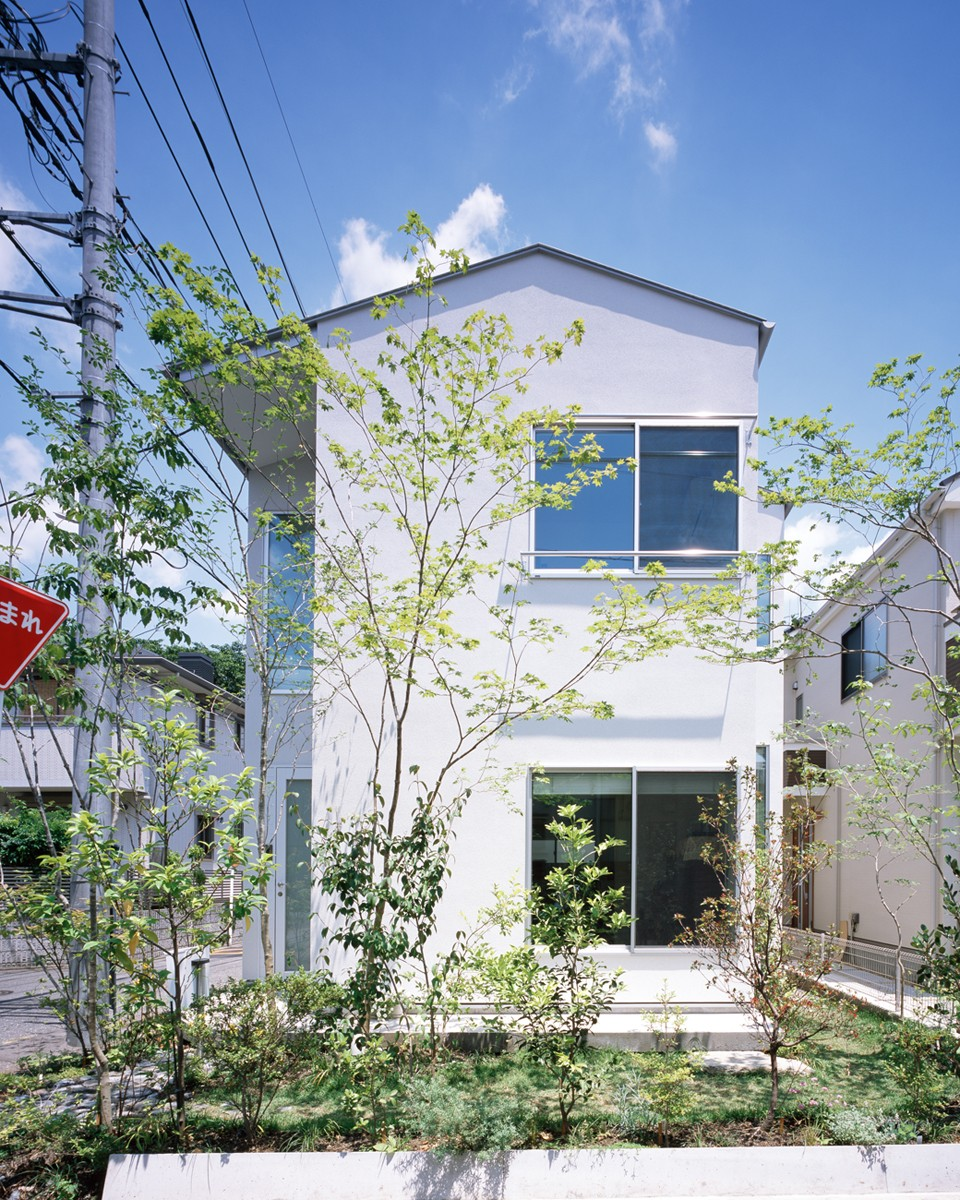 外観事例:外観(武蔵小金井の家_敷地全体を使いこなすコンパクトな住まい)