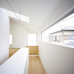 武蔵小金井の家_敷地全体を使いこなすコンパクトな住まい (物干しスペース)