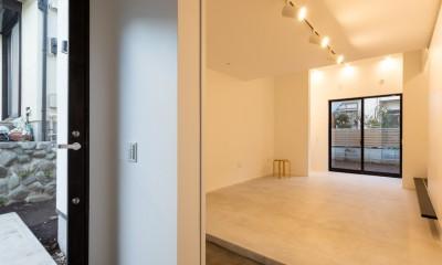子世帯玄関|猫と住む家 横浜の二世帯住宅OUCHI-40