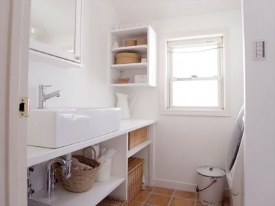 洗面室 (こだわりの造作洗面台)