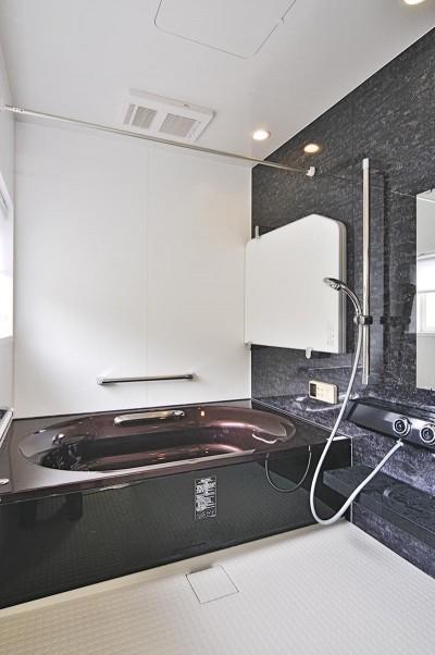浴室 (これからの30年を楽しむ家)