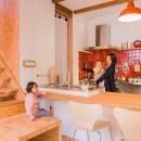 【継承リノベーション】想い出BOX~おじいさまから譲り受けた木造の家、思い出を繋いでいく住まい~の写真 キッチン