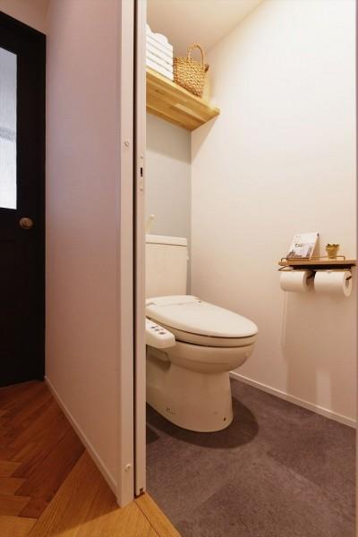 トイレ (M邸_ツナガル形 ツナガル想い)