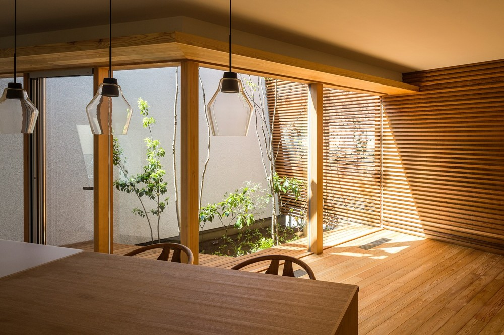 elnath/平面的、立体的な斜めの壁によって構成された空間を考えてみる。 (リビング・中庭)