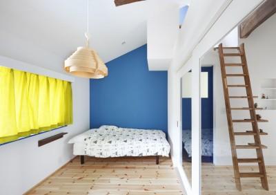 寝室 (築80年の長屋を「碧の家 」に)