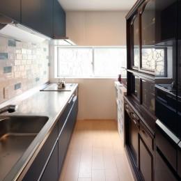 築80年の長屋を「碧の家 」に (キッチン)