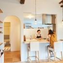 Arbre-外観は古民家風に、空間はイギリスのB&Bのようにの写真 キッチン