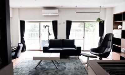 プロの声に耳を傾けた、インダストリアルな空間に北欧家具が並ぶモダンなインテリア。