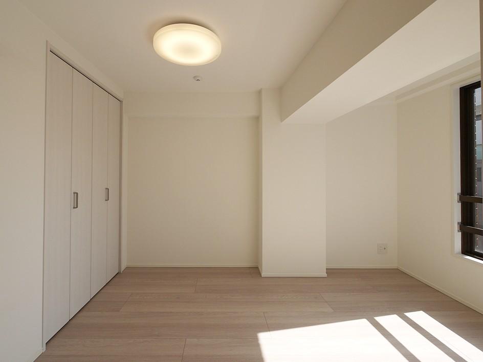 SICのある玄関 (洋室)