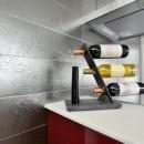 空気環境にこだわったクラシカルモダンな空間の写真 キッチン壁面