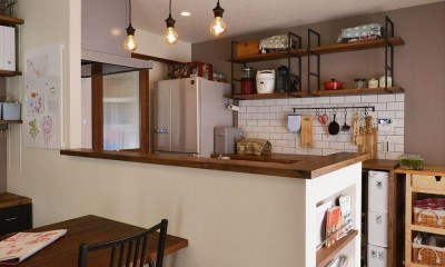 生まれ変わったアパートメント (対面キッチン)