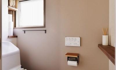 生まれ変わったアパートメント (トイレ)