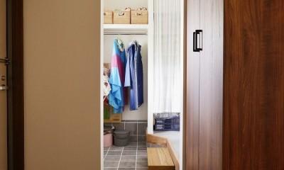 玄関収納|生まれ変わったアパートメント