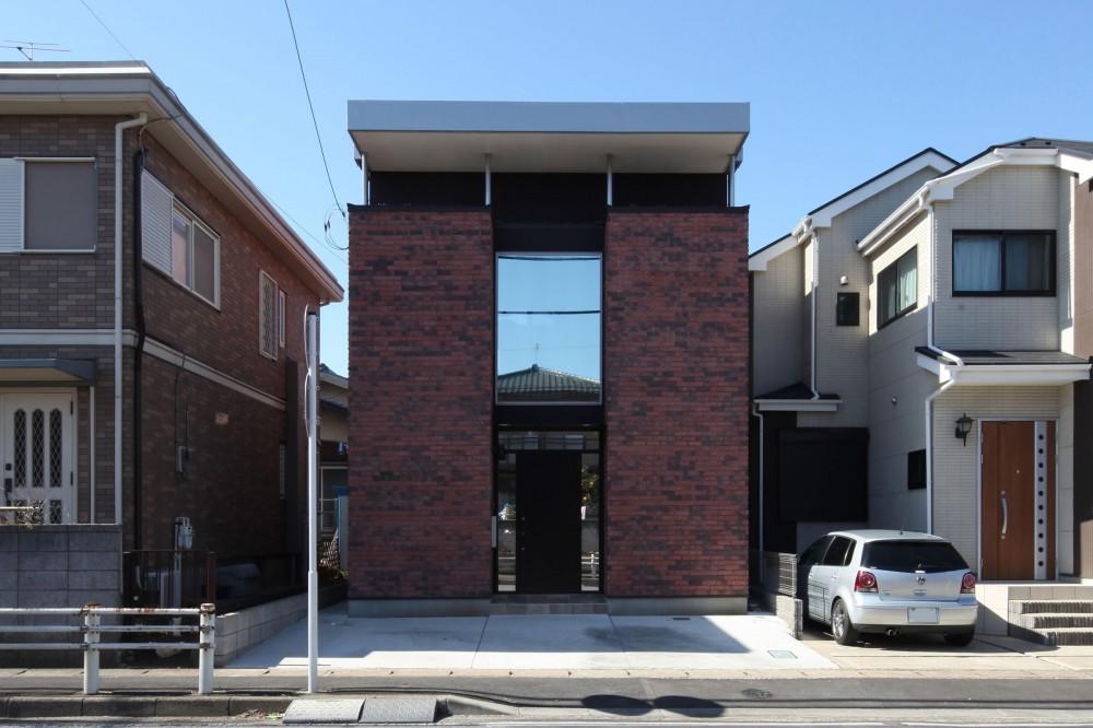 Anfield -レイソルサポーターが柏に建てた素焼きレンガの家- (外観)
