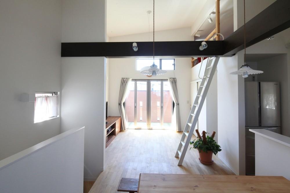 Anfield -レイソルサポーターが柏に建てた素焼きレンガの家- (リビングダイニング)
