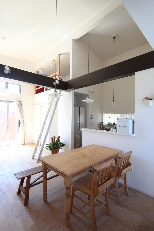 Anfield -レイソルサポーターが柏に建てた素焼きレンガの家- (ダイニング)