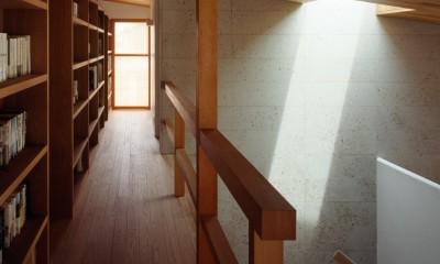 牛久の家 (廊下)