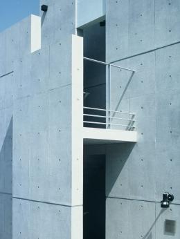 Residence LILAS (昼間の外観・ディテール)