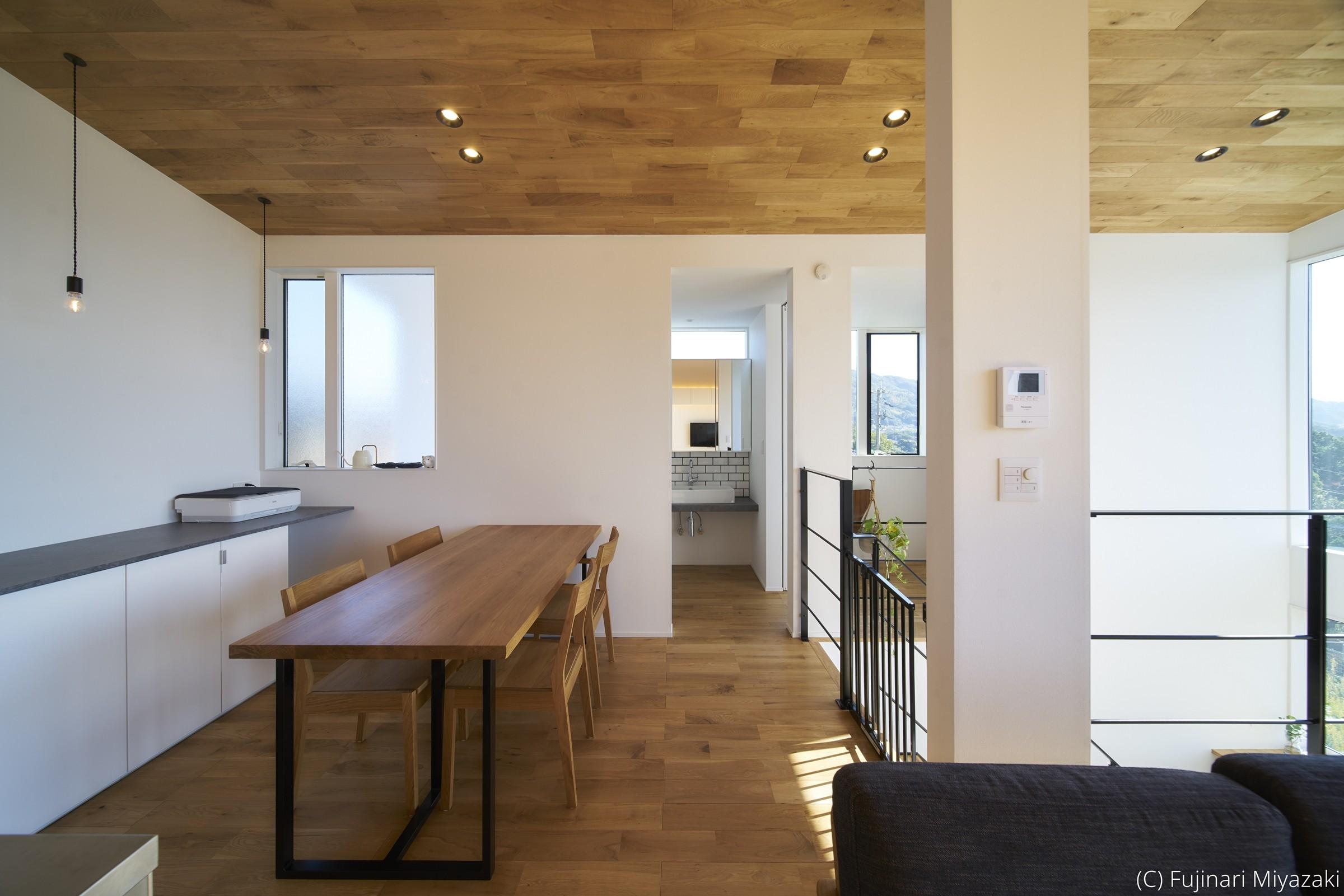 リビングダイニング事例:LDK(梅田町の家 | House in Umeda)