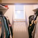 nap.~ついお昼寝をしたくなる、光と風が心地よい住まい~の写真 ウォークインクローゼット&内窓