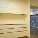 石壁のインテリアウォールの写真 キッチン