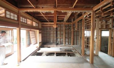 懐かしい新しさをつくる 和のリノベーション(木造1戸建てリノベーション) (和室解体中)
