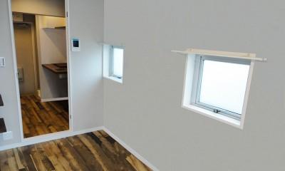 天然木の床と造作キッチン (洋室)