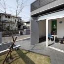 あちこちでお茶できる家 -土間のある玄関-の写真 玄関土間