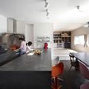 あちこちでお茶できる家 -土間のある玄関-の写真 ダイニングと和室
