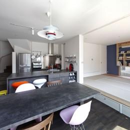 あちこちでお茶できる家 -土間のある玄関- (LDKと和室)