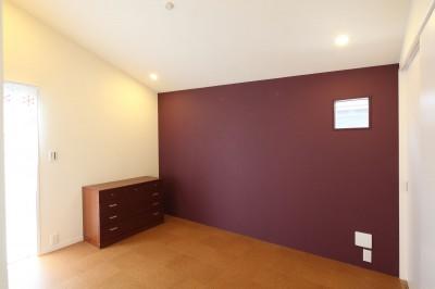 寝室 (あちこちでお茶できる家 -土間のある玄関-)