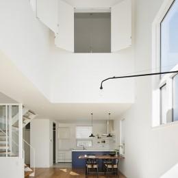 間窓の家 - ギャラリーのある暮らし